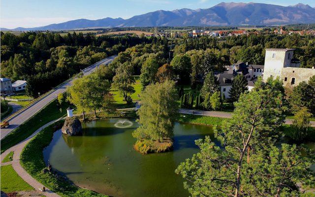 Zrúcanina hradu a kaštiel Liptovský Hrádok 2020-05-18 o 15.11.45