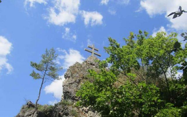 Zrúcanina hradu a kaštiel Liptovský Hrádok 2020-05-18 o 15.16.49